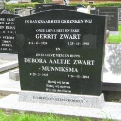Grafsteen van Gerrit Zwart & Debora Aaltje Munniksma